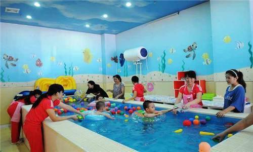 婴幼儿游泳店
